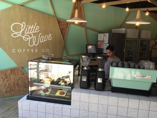 Little Wave Cafe Boracay